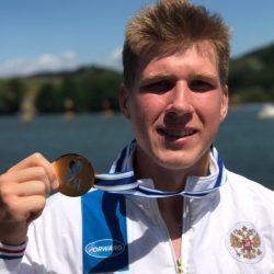 Бывший ученик нашей школы Ян Каваляускас выиграл первенство мира в Румынии на дистанции 1000 метров в каноэ-одиночке