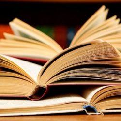"""В нашей школе проводится конкурс """"Моя любимая книга"""". Примите участие!"""